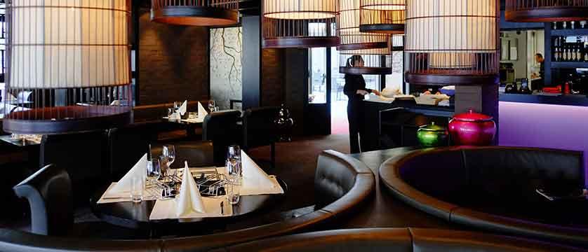 Hotel Grischa, Davos, Graubünden, Switzerland - restaurant 'Golden Dragon'.jpg